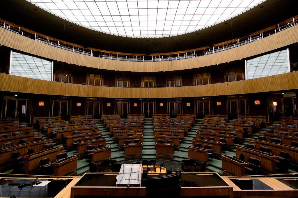 Le Parlement adopte définitivement le projet de loi controversé contre le séparatisme